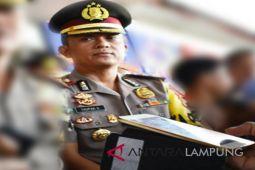 Ratusan botol minuman keras diamankan Polres Lampung Timur