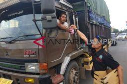 IWO Lampung Timur bagi takjil
