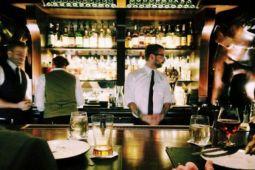 Sejumlah kafe dan bar tayangkan piala dunia