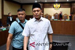 Bupati Lampung Tengah dihukum tiga tahun penjara