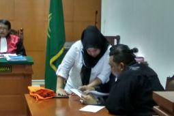 Dhawiya dituntut jalani rahab narkotika dua tahun