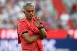 Mourinho ingin tetap di MU