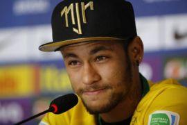 Akibat dihajar pemain Swiss, Neymar mengeluh sakit