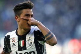 Napoli gilas Juventus, perebutan juara makin ketat