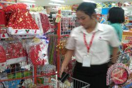 Pohon Natal Hiasi Mall Di Bandarlampung