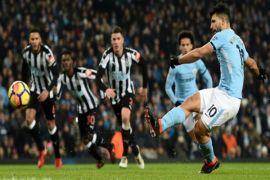 Aguero cetak tiga gol City kembali ke jalur kemenangan