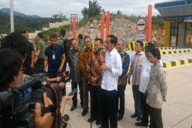 Presiden : Sebelum Asian Games 2018, tol Bakauheni-Palembang selesai