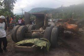 Tabrakan beruntun di Lampung Selatan, empat tewas