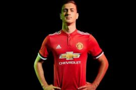 Kata Mourinho Dalot absen sampai September