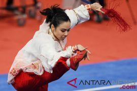 Tiga atlet perempuan raih emas pertama Indonesia