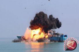 Menteri KP tenggelamkan kapal asing di Manado