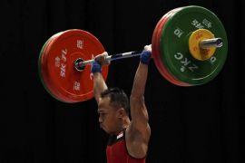 Sepuluh lifter putra perebutkan medali kelas 56 Kg