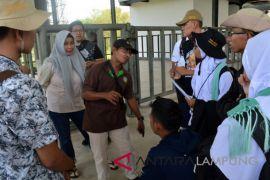 BUMN-Hadir - peserta SMN Gorontalo antusias kenali gajah