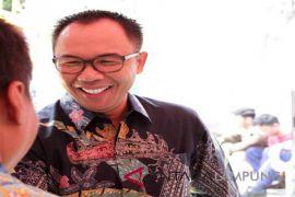 Waykanan berangkatkan tiga relawan ke Palu