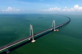 Nikmati sensasi melintasi jembatan sepanjang 55 km di China