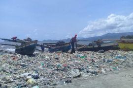 Pantai Sukaraja, Kampung Nelayan payang