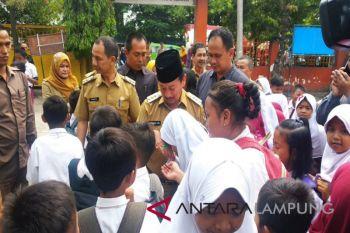 Wali Kota Tinjau SD terdampak banjir