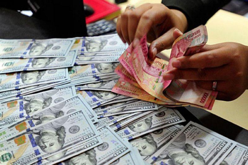 Rupiah melemah tipis terhadap dolar AS