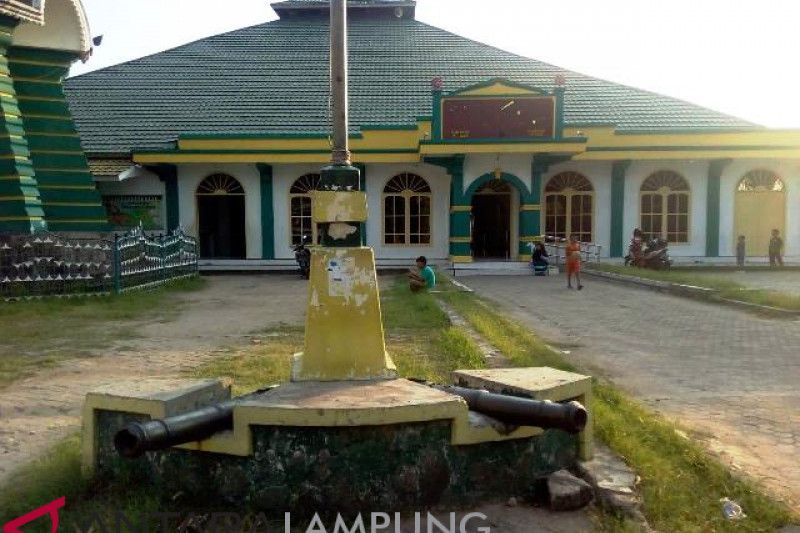 Jami Al-Anwar Masjid Tertua dan Bersejarah di Lampung – telisik