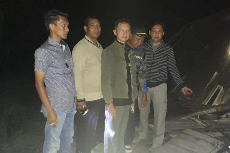 Tidak ada korban puting beliung di Desa Karyatani Lamtim