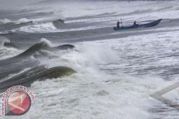 Nelayan Dihimbau Waspada Gelombang Tinggi Selat Makassar