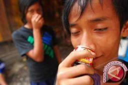 Anggota TNI-Polri Amankan Tujuh Pelajar Hirup Lem