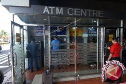 OJK imbau nasabah rutin ganti pin ATM