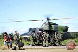 Satgas TNI kembali evakuasi guru korban KKSB