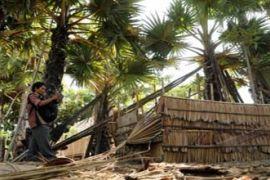 Masyarakat Kupang Gotong Royong Bangun Jamban Sehat