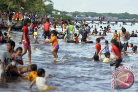 Polres Polewali Mandar pantau kawasan wisata