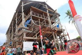Kapal Pinisi La Hila Diluncurkan Di Bulukumba