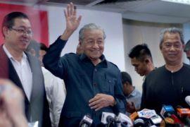 Malaysia tinjau ulang proyek KA dengan China