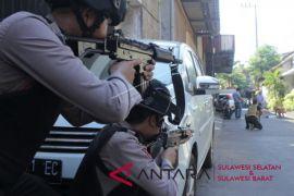 Ada 10 orang korban ledakan di Polrestabes Surabaya
