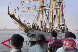 Dwaruci bawa obor Asian Games ke Makassar