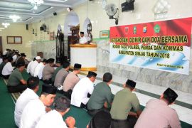 Bupati Sinjai ajak masyarakat doakan korban bencana