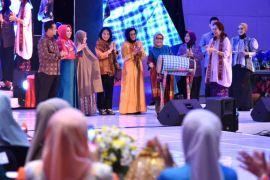Mufidah Kalla buka pameran pengrajin Sulsel