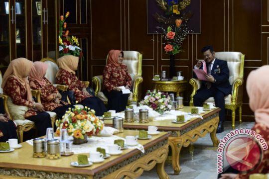 Gubernur: Pejabat Baik Didukung Dharma Wanita Baik