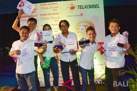 Fotografer ANTARA Borong Penghargaan Telkomsel