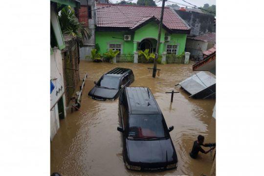 Ribuan rumah di Mamuju terendam banjir