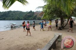 Lakban Beach becomes popular destination for local people to exercise