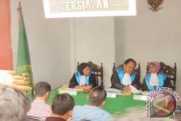 PTUN  sidangkan gugatan pembatalan SK wali kota Manado