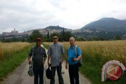 Unika De La Salle Manado kirim tiga utusan ke Roma