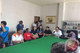 Tuna Netra Minta DPRD  Perjuangkan Hak Bekerja