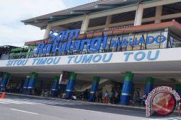 Arus mudik - penumpang bandara Samrat H-2 tetap tinggi