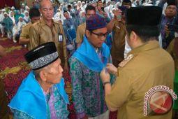 Pemkot Manado Bantu JCH Manado Rp246 Juta