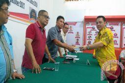 Sondakh Pimpin Penyerahan Dokumen Golkar  ke KPU