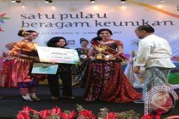 Ribka Dinobatkan Puteri Kemilau Sulawesi 2017