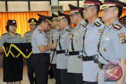 Kapolda Sulut serah terima empat pejabat utama