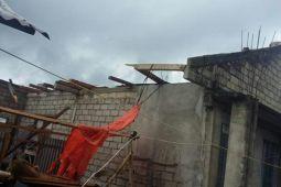 Puting beliung rusak rumah warga Kakas-Minahasa