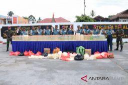 Lantamal VIII Manado musnahkan 1.298 liter miras